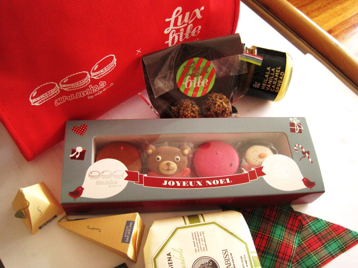 MoMo & Coco's Advent Calendar 2012 – Christmas with LuxBite