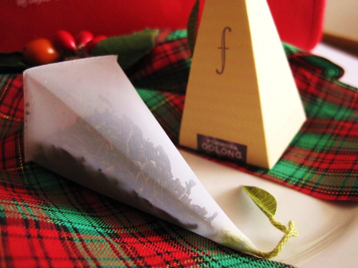 "MoMo & Coco's Advent Calendar 2012 – Christmas with LuxBite - ""Tea Forte tea bags"""