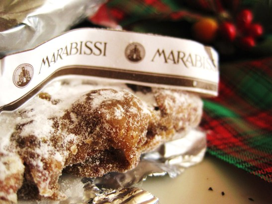 MoMo & Coco's Advent Calendar 2012 – Christmas with LuxBite - close-up of the Italian panneforte