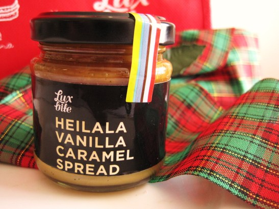 "MoMo & Coco's Advent Calendar 2012 – Christmas with LuxBite - the ""Heilala Vanilla Caramel Spread"""