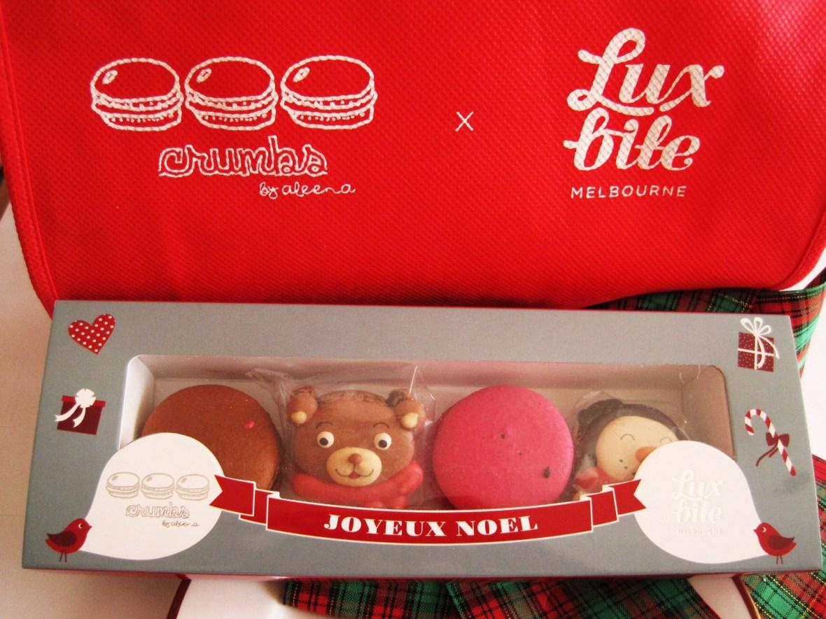 MoMo & Coco's Advent Calendar 2012 – Christmas with LuxBite - the Crumbs-Luxbite macaron collaboration