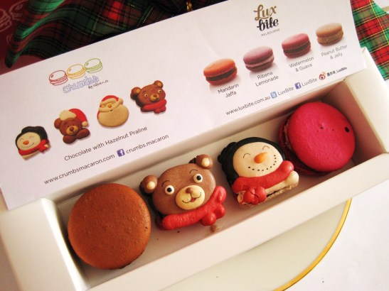 MoMo & Coco's Advent Calendar 2012 – Christmas with LuxBite - the Crumbs-Luxbite macaron collaboration