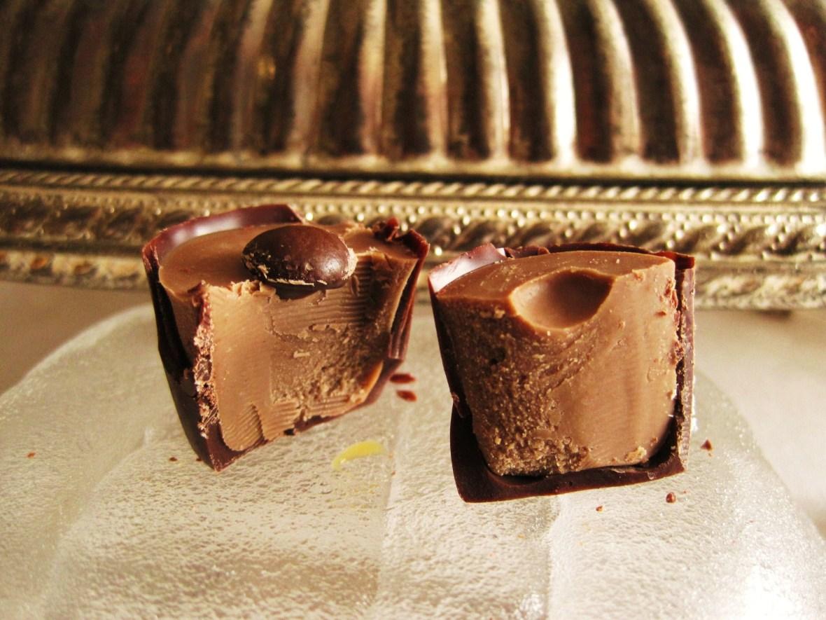 """Cioccolato Lombardo - cross-section of the """"Cappucino"""""""