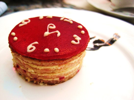 "The Sanderson's Mad Hatters Afternoon Tea - the ""Tick Tock Victorian Sponge"""