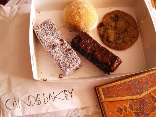 Candied Bakery - MoMo & Coco's little box
