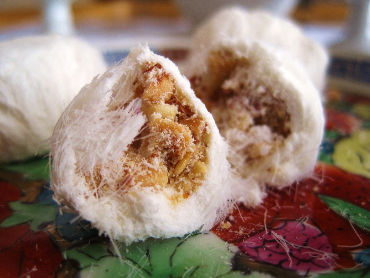"MoMo & Coco's Guide to Chinese New Year Desserts - the ""Dragon Beard Candy"""