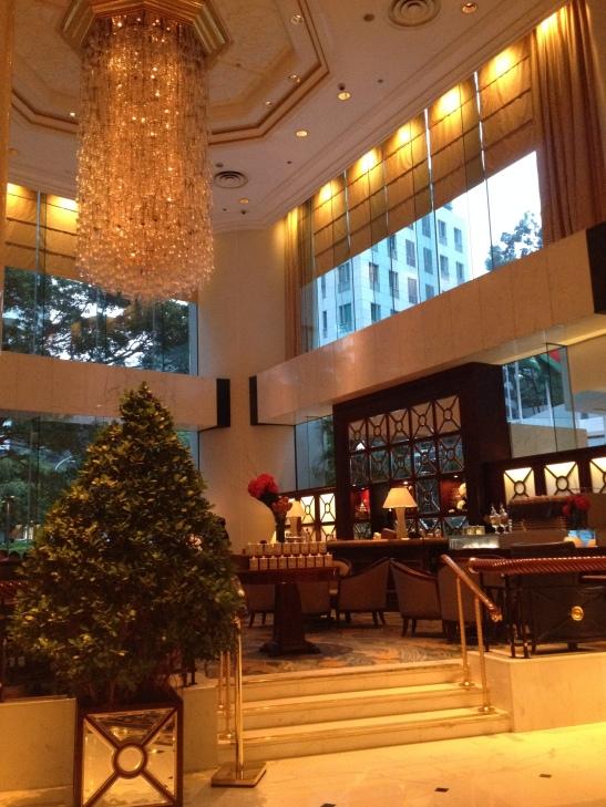 Island Shangri La Hong Kong - the setting