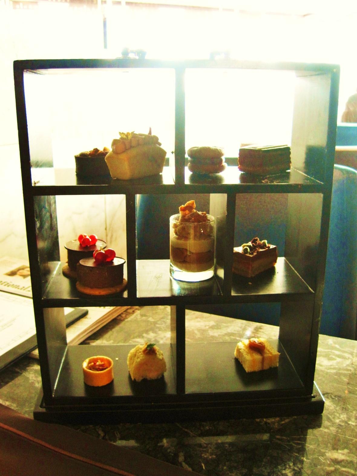 The Ritz Carlton Hong Kong - the afternoon tea