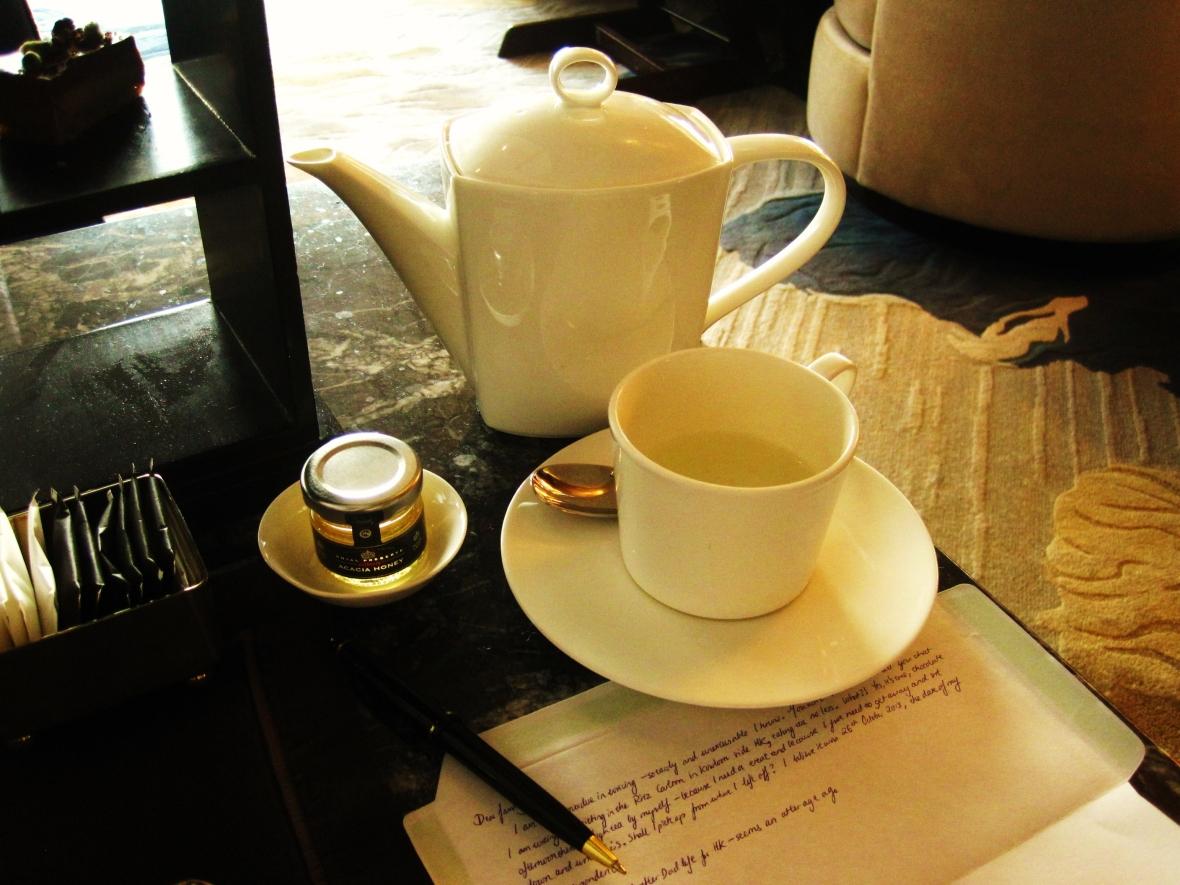 The Ritz Carlton Hong Kong - the table setting