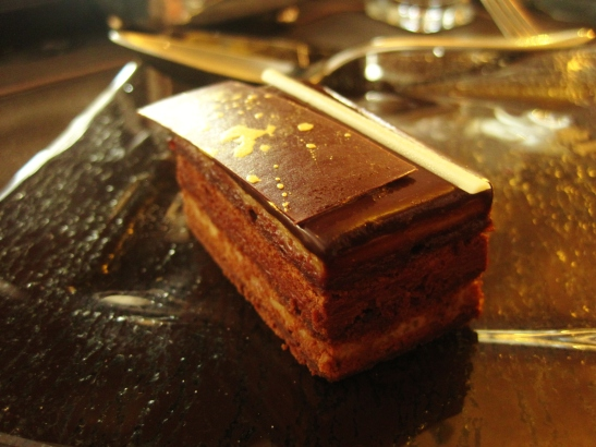 "The Ritz Carlton Hong Kong - the ""Chestnut Chocolat Comfit Cake"""