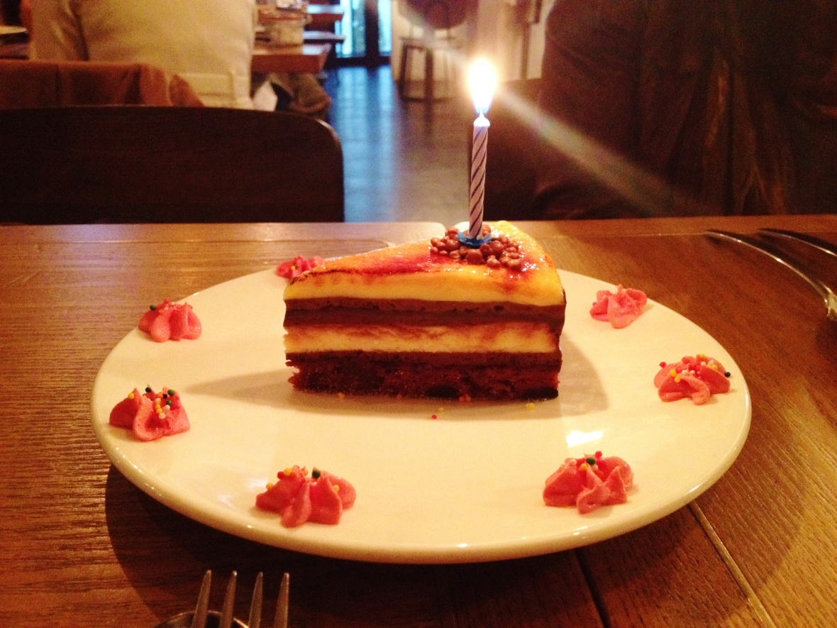 "MoMo & Coco HK Dessert Report – the ""Fat Kid Cake"" at Stone Nullah"