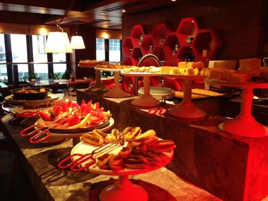 MoMo & Coco HK Dessert Report - the baklava buffet at Souvla (weekend)